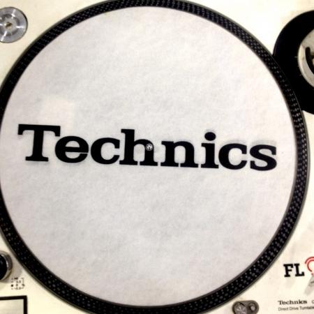 Feltro Technics Branco e Preto Espessura Fina UNIDADE
