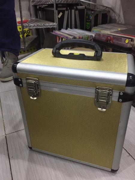 Case de Vinil Dourado 75 discos