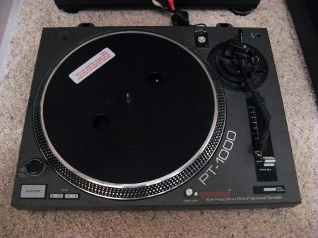 Toca disco Gemini PT 1000 (UNIDADE)