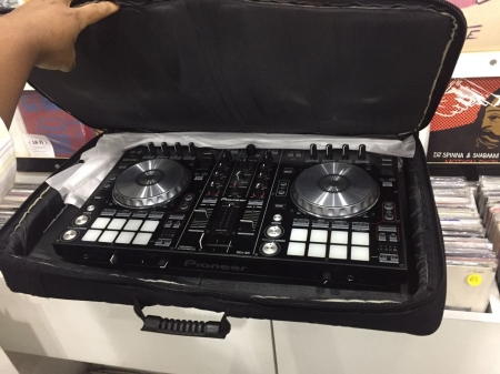 Controladora Pioneer DJ-SR Semi nova