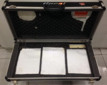 Case Preto Para Cdj 100 / 200 / 350 /400 + Mixer Pionner DJM 250 /350 / 400