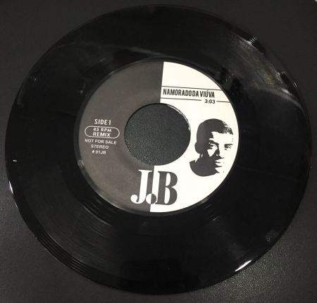 Jorge Ben - Namorado da Viuva (Remix) / Mas Que Nada (Remix)