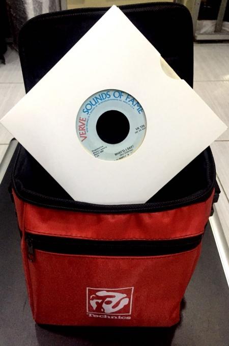 Bag Technics Para Compacto 50 Compactos (Cor Vermelha)