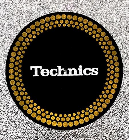 Feltro Technics Classic (Preto Dourado Branco) Unidade