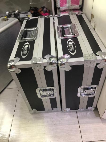 Case Para Toca Discos Technics Mk2 / 3 / 4 / 5 (ODYSSEY) SEMI NOVO