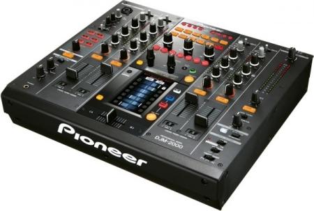 Mixer Pioneer Djm-2000 (Semi-Novo e Com Case)