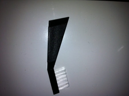 Escovinha para Limpeza de Agulha !!