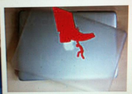 Capa Para MacBook 15.4 - Homem Sob Sapata (Vermelho)