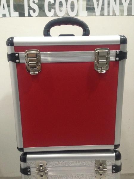Case Para Vinyl Capacidade 75 Discos (Vermelho)